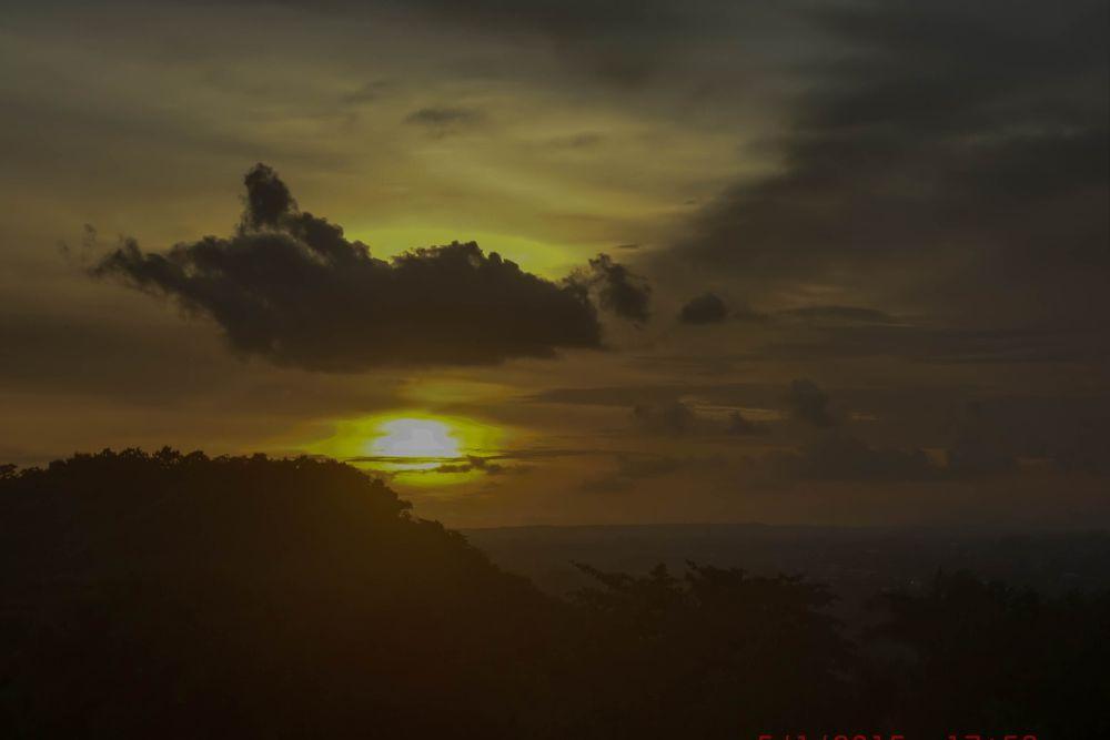 Sunset Candi Ratu Boko