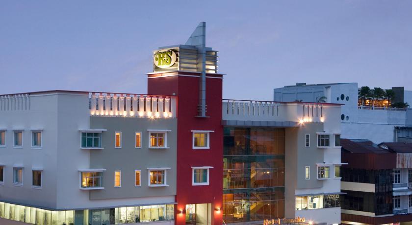 Hotel Santika Pontianak, hotel yang oke buat beristirahat baik untuk yang liburan maupun dalam perjalanan bisnis.