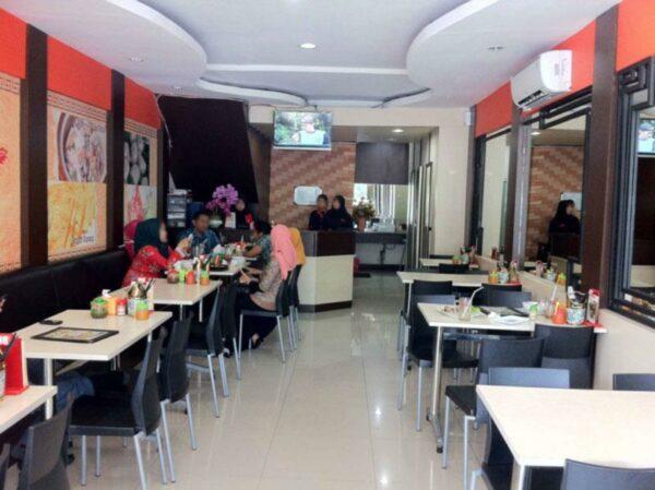 Bakmi Naga, wisata kuliner bogor dengan menu makanan serba mie.