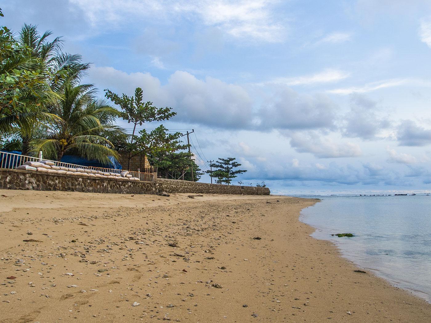 Pantai Cibuaya Ujung Genteng Rubrik Wisata